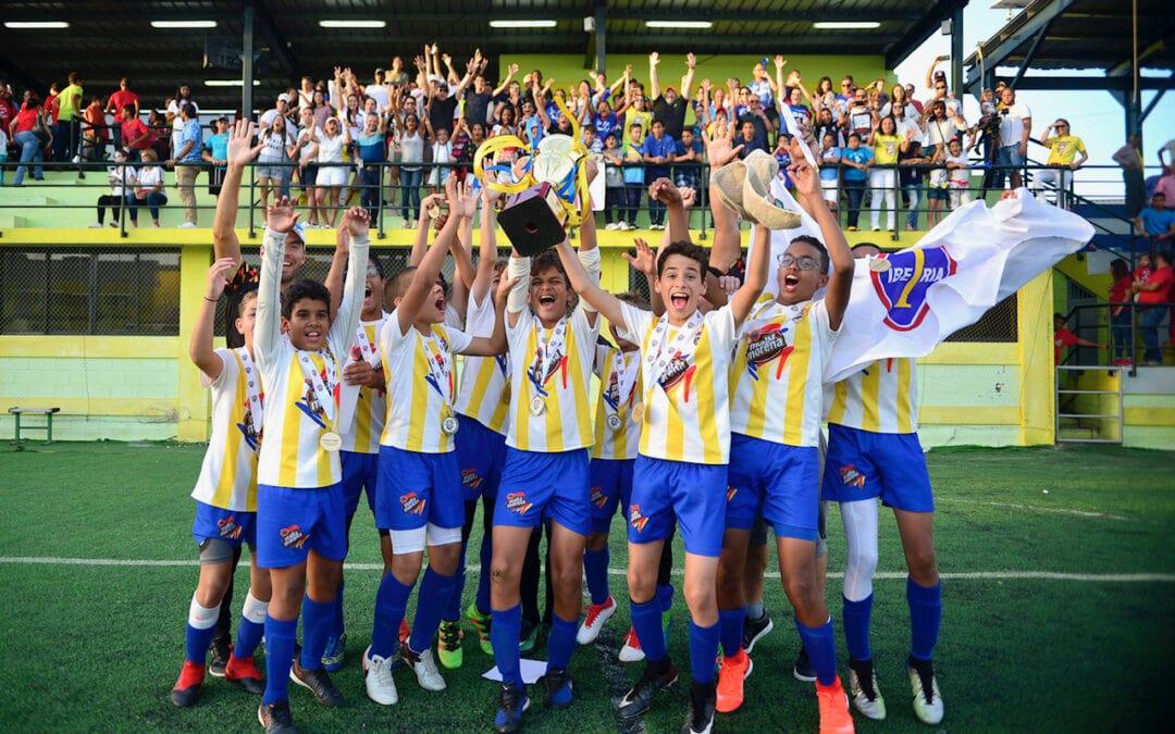 Instituto Iberia y Saint Michaels se Coronan Campeones en Copa Malta Morena