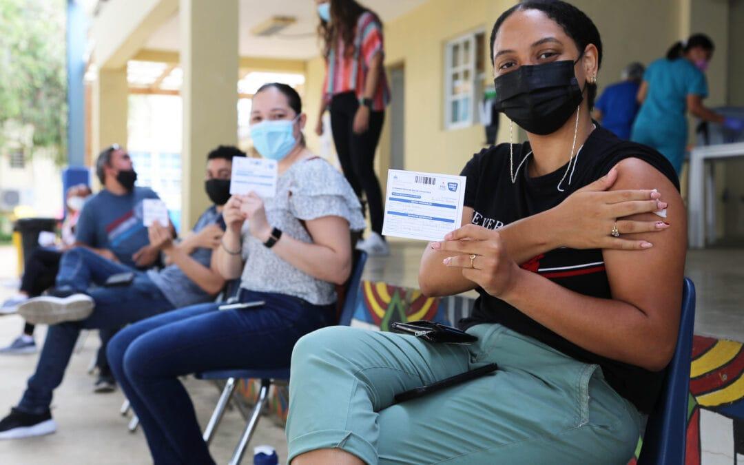 El Iberia apoya jornada de vacunación en Santiago